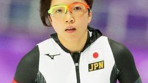 高木美帆と小平奈緒選手のゴーグルはどこの?同じなのは支給なの?